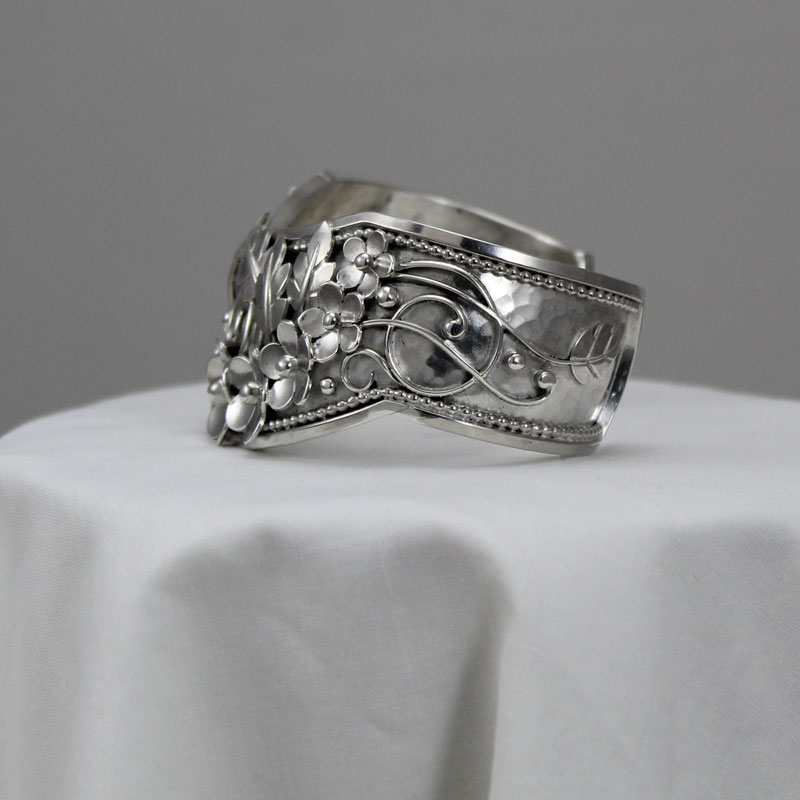 Cuff Bracelet/Mike Craig Silver