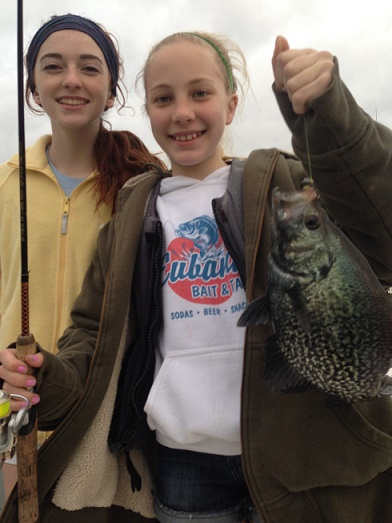 04-12-14 Eubanks Girls catching Crappie CCL TX