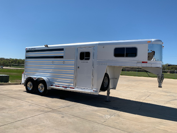 2018 Platinum 3 Horse Stock Combo