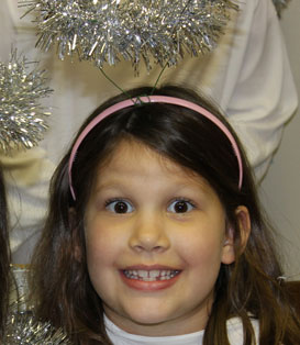Christmas Pageant: hallie as an angel