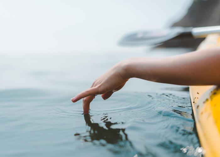 Blog Hand Water