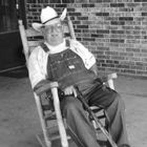 Tom Tucker Obituary