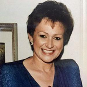 Karen Metteauer Obituary