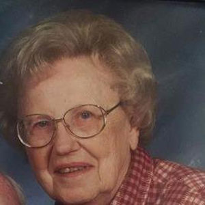 Doris Genelle (Holcomb) Richards