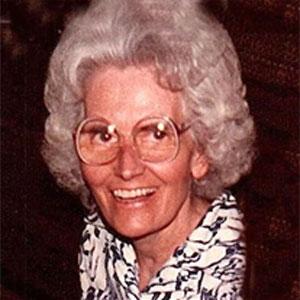 Dorothy Helmuth Obituary
