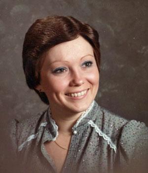 Holly Everitt Obituary